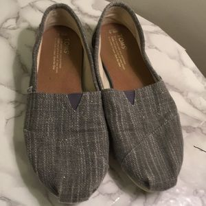 Toms classic flats size 8.5